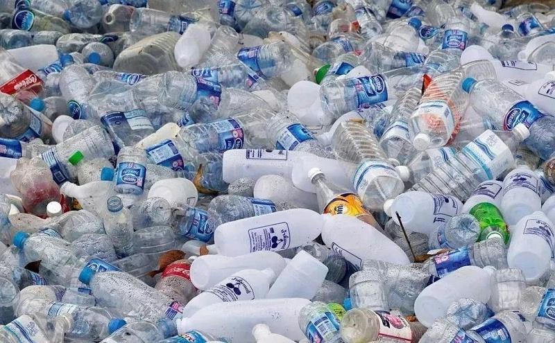 废弃pet塑料瓶